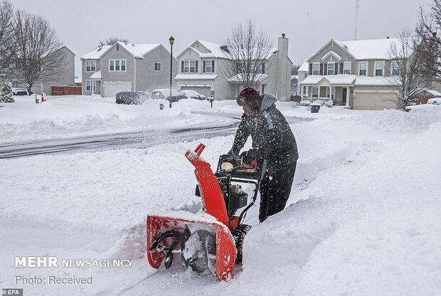 امریکہ کی کئی ریاستوں میں برفباری سے 23 افراد ہلاک