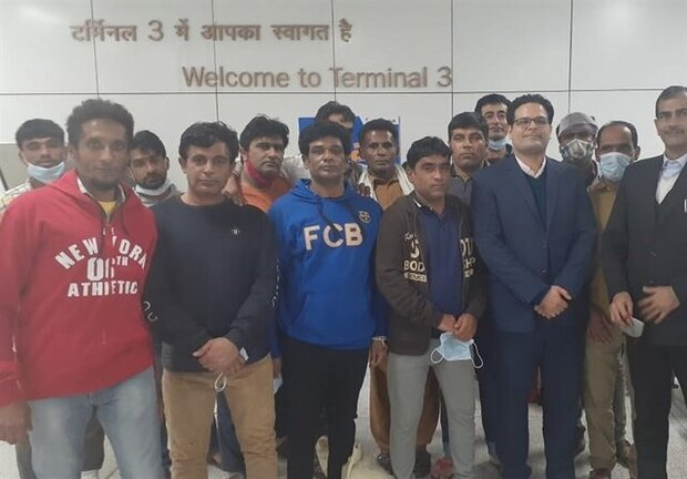 Imprisoned Iranian fishermen in India arrive home