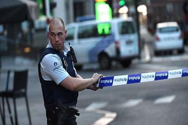 Several injured in a knife attack in Brussels