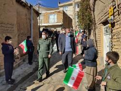 گرامیداشت ایام پیروزی انقلاب اسلامی در روستای «نران»سنندج