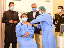 پاکستانی وزیر اعظم نے ملک میں کورونا ویکسی نیشن  کا باقاعدہ آغاز کردیا