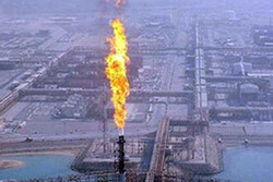 صنعت نفت به مردم استان بوشهر بدهکار است
