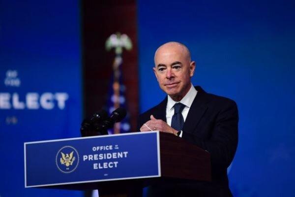 وزیر امنیت داخلی آمریکا به کرونا مبتلا شد