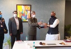 وزير الدفاع الإيراني يلتقي بنظيره الهندي