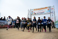 مسابقات دو صحرانوردی قهرمانی کشور بانوان در لرستان برگزار شد