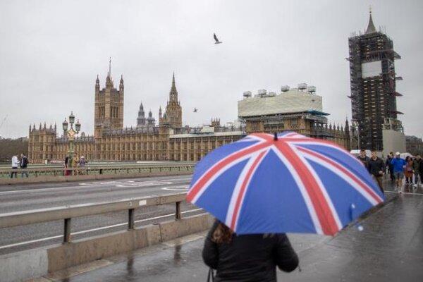 """جنرال بريطاني يكشف عن """"خطة بريطانية"""" ضد روسيا والصين"""