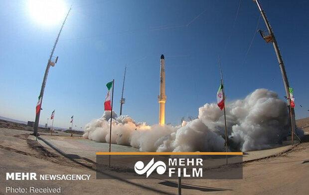 Türk basını İran'ın yeni yerli uydu taşıyıcısını böyle anlattı