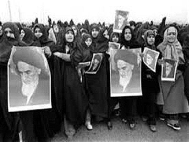 روایتی از تظاهرات بانوان در دوران انقلاب