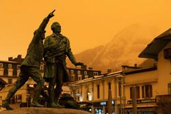 آسمان نارنجی اروپا در پی گرد و غبار