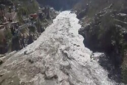 Up to 150 feared dead after Himalayan glacier breaks (+VIDEO)