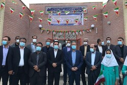 ۱۲۰ پروژه عمرانی در تنگستان افتتاح و کلنگزنی شد