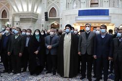 تہران کے میئر اور شہری کونسل کے ارکان کا امام خمینی (رہ) کے مزار پر حضور