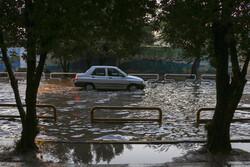برف و باران در ۲۳ استان/ دریای خزر مواج و طوفانی است