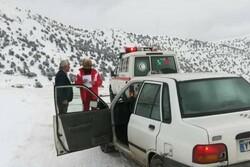 ۷۰ نفر از برف و کولاک در سمیرم نجات یافتند