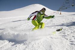 Tahran'da İslam Devrimi anısına kayak yarışması