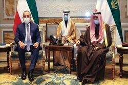 چاووشاوغلو با امیر کویت دیدار کرد