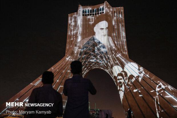 ایران میں انقلاب اسلامی کی کامیابی کی 42 سالگرہ قومی عقیدت کے ساتھ منائی جارہی ہے
