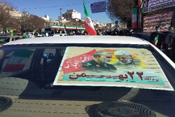 تکرار حماسه غرور در دیار شهیدان/ استان سمنان رنگ تازهای گرفت
