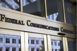 هواوی از کمیسیون فدرال ارتباطات آمریکا شکایت میکند