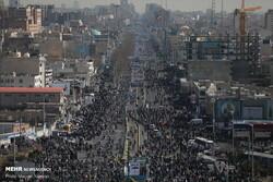 حضور گسترده مردم با خودرو و موتور/ نمایش سامانه «سوم خرداد» و موشکهای «بالستیک»