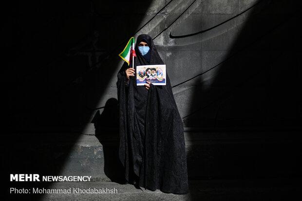 مسيرات الذكرى ال42 على انتصار الثورة الإسلامية في طهران