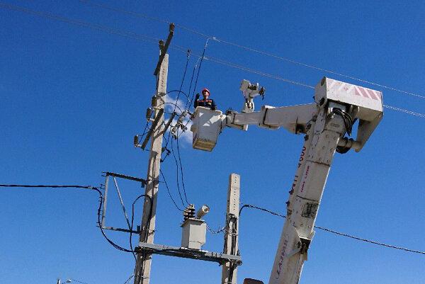 """شرکة """"توانير"""" تعفي 7 ملايين مشترك من دفع رسوم الكهرباء في ايران"""