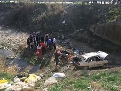 تصادف و سقوط پراید به رودخانه «کفشگیری» گرگان ۵ مصدوم داشت