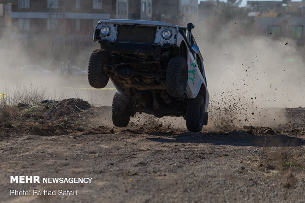 Off-road competition in Qazvin
