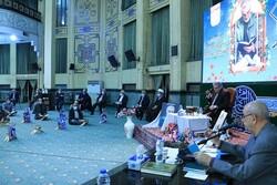اولین جلسه جامعه قرآنیان مکتب سلیمانی برگزار شد/خاطره ای از حضور شهید سلیمانی در محافل قرآنی