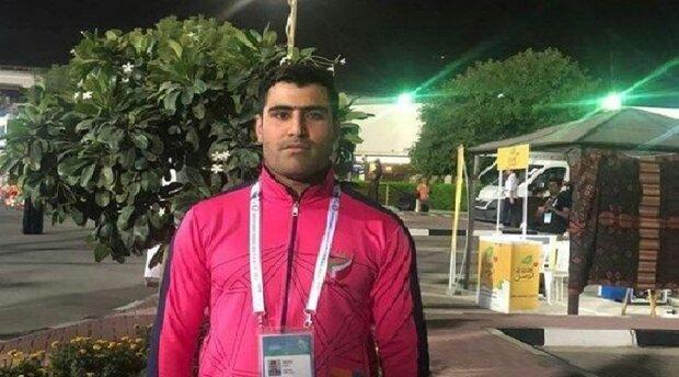 لاعب ايراني یحطم رقما قیاسیا في المسابقات الدولية للمكفوفين في دبي