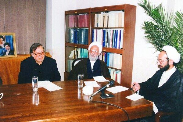 Ayatollah Mesbah-Yazdi a unique character in Islamic world