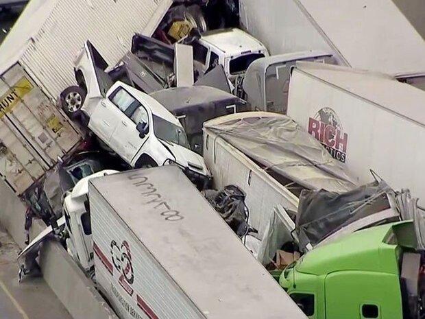 امریکہ میں برف کی وجہ سے 130 گاڑیوں کے پھسلنے سے 6 افراد ہلاک