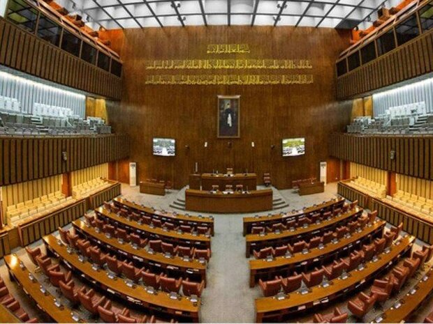 پاکستان پیپلز پارٹی اور نون ليک کا سینیٹ میں اپنا اپوزیشن لیڈر لانے کا فیصلہ