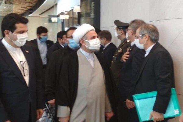 Iran parl. delegation arrives in Azerbaijan