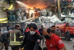 آتش سوزی در ۳ رنگ فروشی در شهر گلستان/۲آتش نشان مصدوم شدند