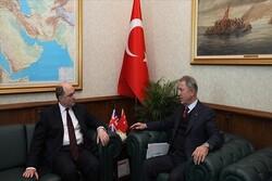 وزرای دفاع ترکیه و انگلیس رایزنی کردند