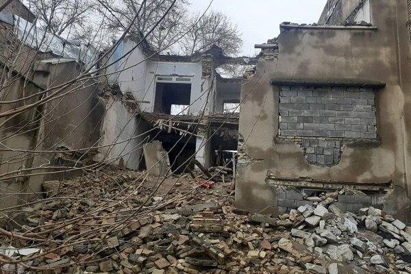 نجات ۴ نفر از زیر آوار ساختمانی در پاکدشت/ عملیات ادامه دارد