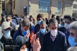وزیر راه و شهرسازی وارد منطقه زلزله زده سی سخت شد