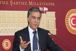 """Türk siyasetçi """"yeni anayasa"""" konusunu Mehr'e değerlendirdi"""