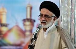 شورای شهر شیراز شرکت سهامی نیست/شایسته سالاری اولویت باشد