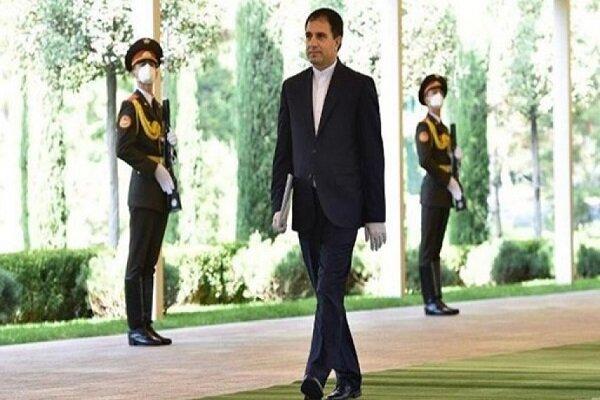 تمتين العلاقات بين طهران وطشقند في جميع المجالات