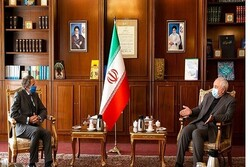 مدير عام الوكالة الدولية للطاقة الذرية يلتقي ظريف في طهران