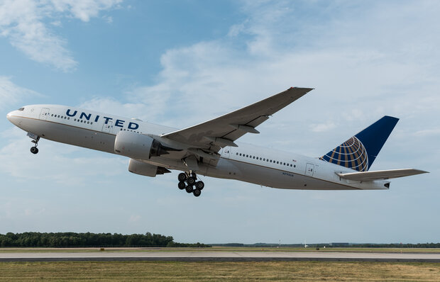 Debris from United Airline Boeing 777 rains down flight path