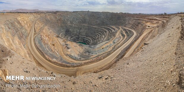 آمار صدور پروانه اکتشاف معدن در یزد ۳۸ درصد افزایش یافت