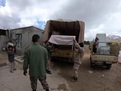 خدمات رسانی نیروهای جهادی به زلزله زدگان سی سخت