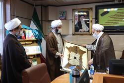 رئیس سازمان تبلیغات از یک عمر فعالیت حجت الاسلام قرائتی تقدیر کرد