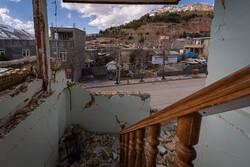 آواربرداری منطقه زلزلهزده پادنا رایگان انجام میشود / تأمین اعتبار برای جبران خسارت