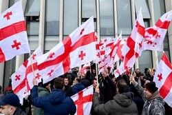 اعتراضات خیابانی در گرجستان/معترضین خواستار برگزاری انتخابات شدند
