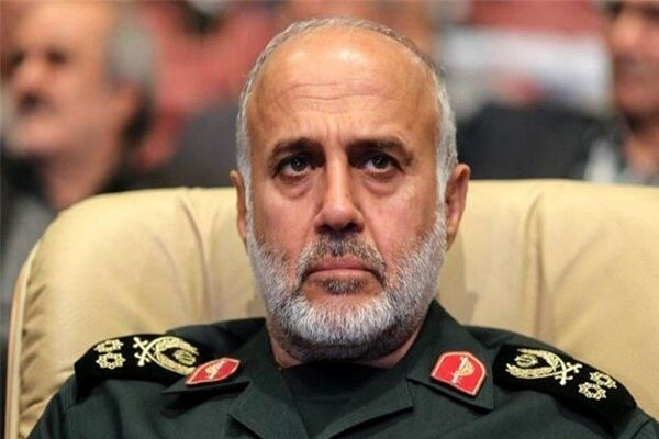 Zionist regime to pay price for its miscalculations: Cmdr.