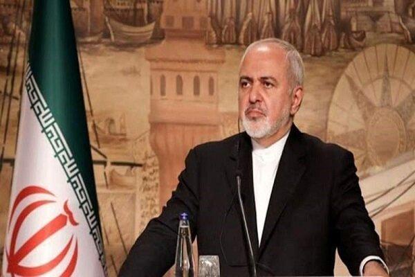 ظریف: على اميركا والترويكا الاوروبية معالجة السبب في خفض ايران التزاماتها النووية